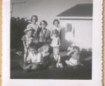 FamilyReunion1958Granny&kids.jpg